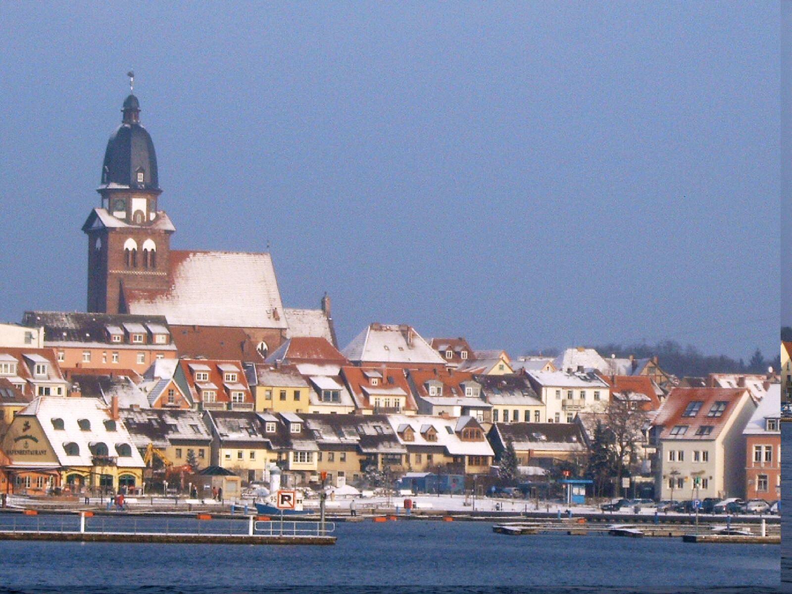Blick auf die Stadt im Winter